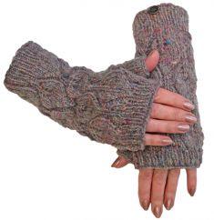 Fleece lined leaf pattern  wristwarmers pale heather